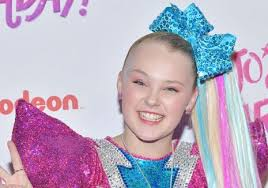 There's Asbestos In Your Makeup Set, Says FDA To JoJo Siwa