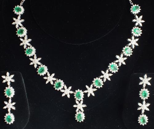 Global Emerald Necklace Market